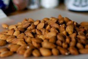 Las almendras reducen la hambre y el peso